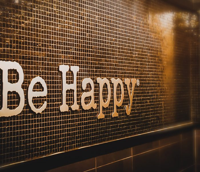 HABITS WE SHOULD ADOPT TO BE HAPPY